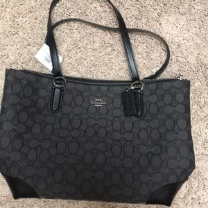 Black coach purse ***New with tags***